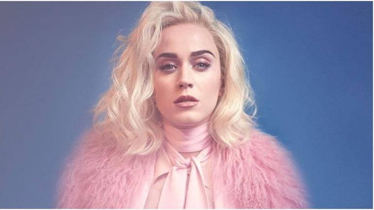 Katy Perry: Με δημιουργία Celia Kritharioti Couture στο γάμο της Dasha Zhukova και του Σταύρου Νιάρχου