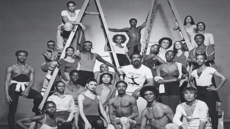 Η ιστορία του Alvin Ailey, μέσα από 10.000 φωτογραφίες