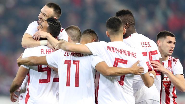 Παρέμεινε πρώτος ο Ολυμπιακός, 4-0 τον Πανιώνιο