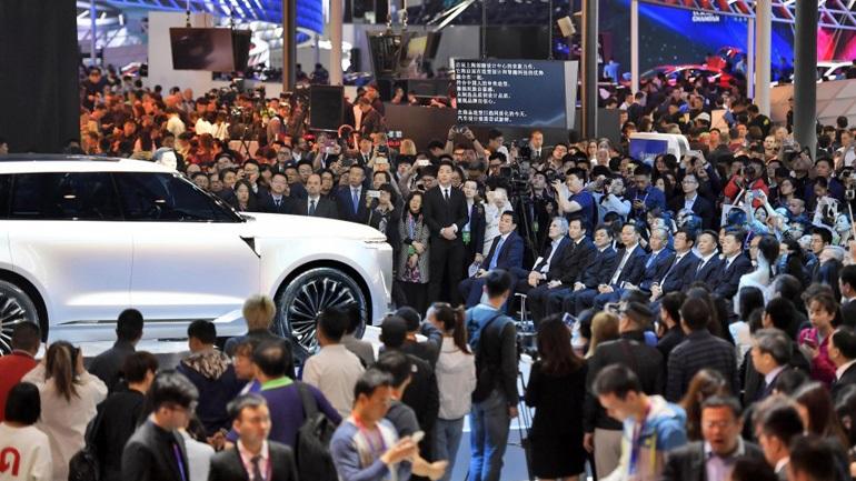 Αναβλήθηκε η έκθεση αυτοκινήτου στο Πεκίνο