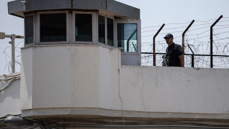 Κελί με... τζακούζι αποκάλυψε έλεγχος στις φυλακές Κορυδαλλού