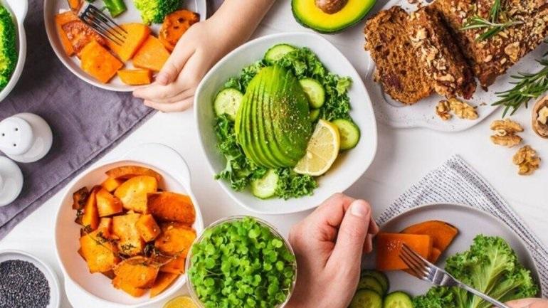 Εμπιστευθείτε το έντερο σε φυτικές τροφές για καλύτερη καρδιακή υγεία