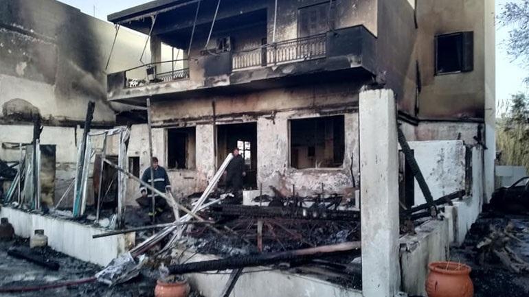 Κρήτη: Παρανάλωμα του πυρός καφετέρια στο Μύρτος