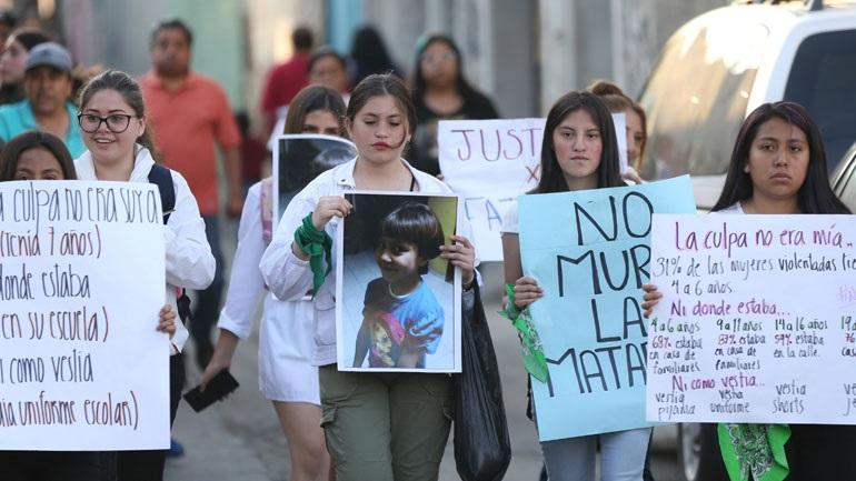 Μεξικό: Δεκάδες γυναίκες διαδήλωσαν για τη δολοφονία ενός 7χρονου κοριτσιού