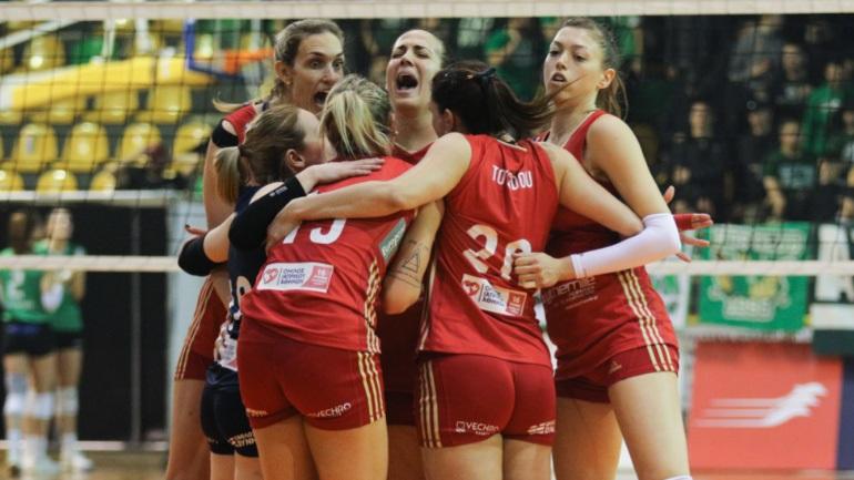Βόλεϊ: Διπλό πρόκρισης για τα κορίτσια του Ολυμπιακού στην Ουγγαρία