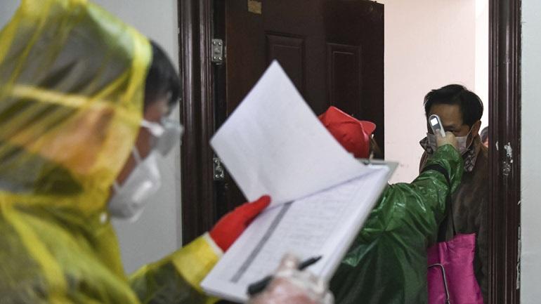 Κορωνοϊός: Στους 2.233 οι νεκροί στην Κίνα