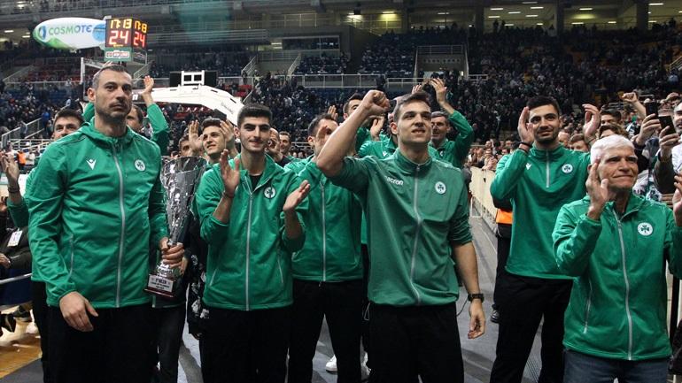 ΠΑΟ: Αποθεώθηκαν οι θριαμβευτές του Λιγκ Καπ στο ΟΑΚΑ πριν το παιχνίδι με την Μπαρτσελόνα