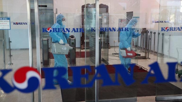 Κορωνοϊός: Η αεροσυνοδός της Korean Air που μολύνθηκε εργάστηκε στο δρομολόγιο Λος Άντζελες - Σεούλ