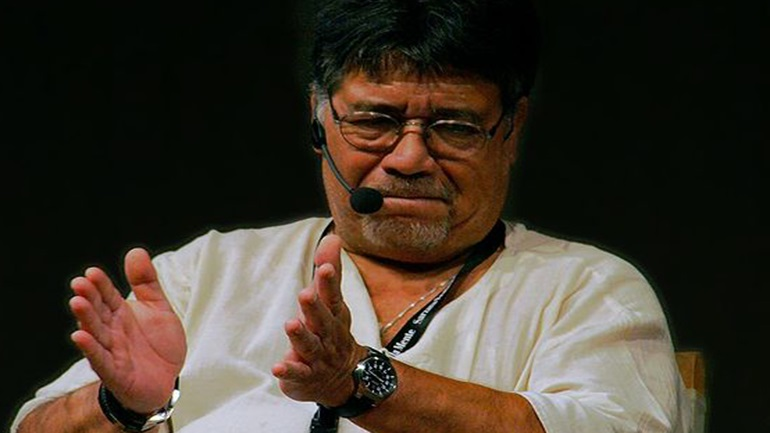 Ο Χιλιανός συγγραφέας Λουίς Σεπούλβεδα προσβλήθηκε από τον Covid-19