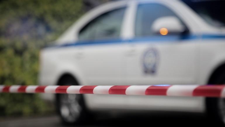 Έγκλημα στο Καβούρι μετά από άγριο καβγά - Πιάστηκαν στα χέρια στην είσοδο των σπιτιών τους