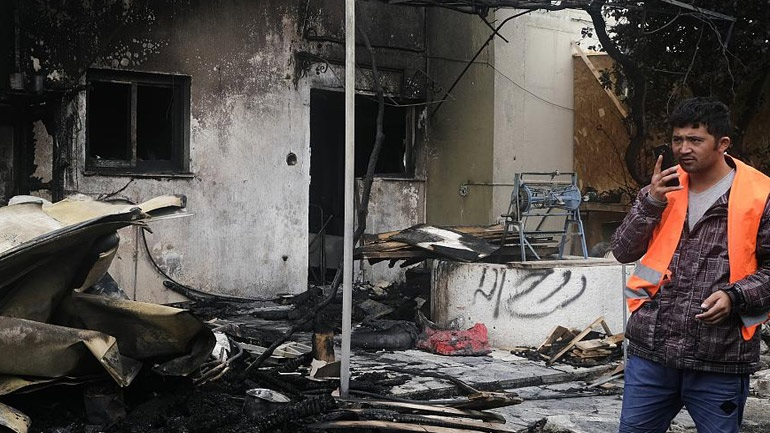 Μυτιλήνη: Αλλοδαποί έκαψαν τις εγκαταστάσεις του«One happy family» - Εξετάζεται η σχέση τους με ΜΚΟ!