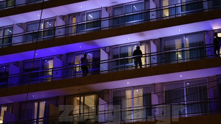 Σε καραντίνα σε ξενοδοχείο στο Μεταξουργείο δεκάδες Έλληνες από την Ισπανία - Ανησυχία και εκνευρισμός