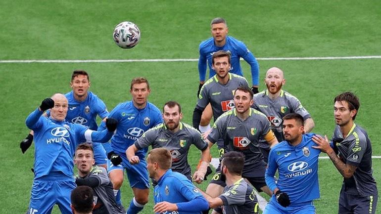 Στη Λευκορωσία παίζουν ακόμα μπάλα…