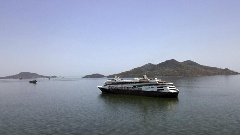 Covid-19: Ο Παναμάς θα δώσει άδεια στο κρουαζιερόπλοιο Zaandam να διέλθει από τη Διώρυγα