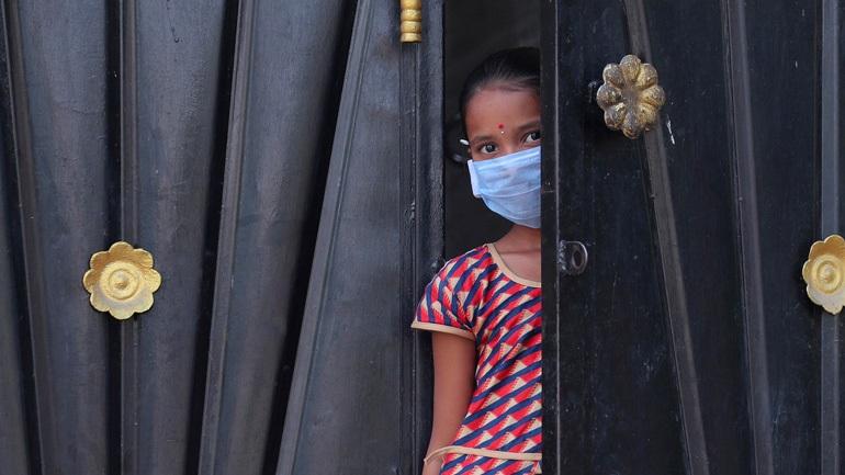Ινδία: Χιλιάδες ανθρώπους που πέρασαν από ένα ισλαμικό κέντρο, εστία του κορωνοϊού, αναζητούν οι Αρχές