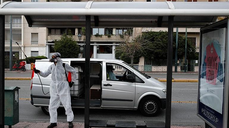 Νέα μέτρα περιορισμού σε ΜΜΜ, αυτοκίνητα και ταξί λόγω κορωνοϊού