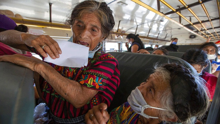 Η Γουατεμάλα ζητεί μειωμένο αριθμό παράτυπων μεταναστών από τιςεπαναπροωθήσεις των ΗΠΑ