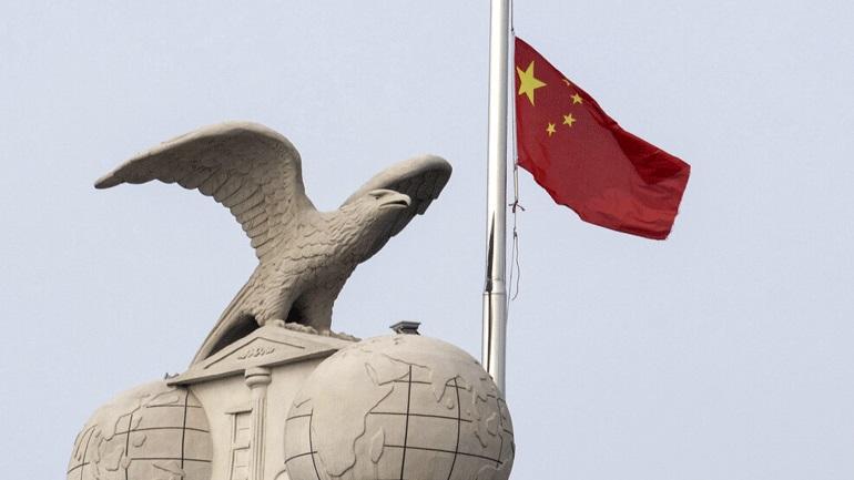 Κίνα: Ετήσια μείωση κατά 24% κατέγραψαν οι πωλήσεις βαρέων φορτηγών τον Μάρτιο