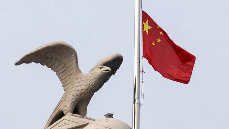 Kίνα: Ετήσια μείωση κατά 24% κατέγραψαν οι πωλήσεις βαρέων φορτηγών