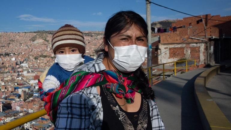 Π.Ο.Υ: Οι μάσκες από μόνες τους δεν είναι «θαυματουργή λύση» ενάντια στον νέο κορωνοϊό