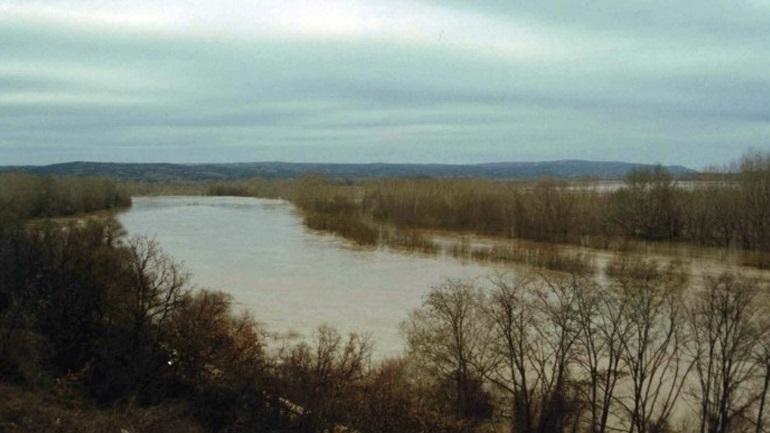Ανεβαίνει σταδιακά η στάθμη του ποταμού Άρδα