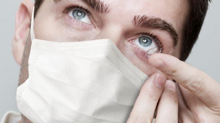 Αμερικανική Ακαδημία Οφθαλμολογίας: Τώρα με τον κορωνοϊό μη φοράτε φακούς επαφής