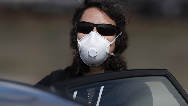 Αυτή είναι η νέα καθημερινότητα-Με μάσκες, γάντα, αντισηπτικό η έξοδος από το σπίτι