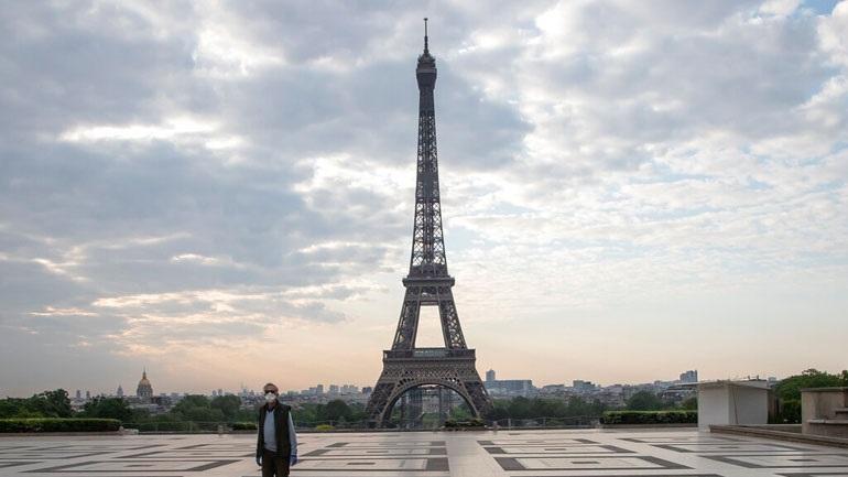 Γαλλία: Στους 22.856 οι νεκροί - Μειώνεται ο αριθμός των νοσούντων
