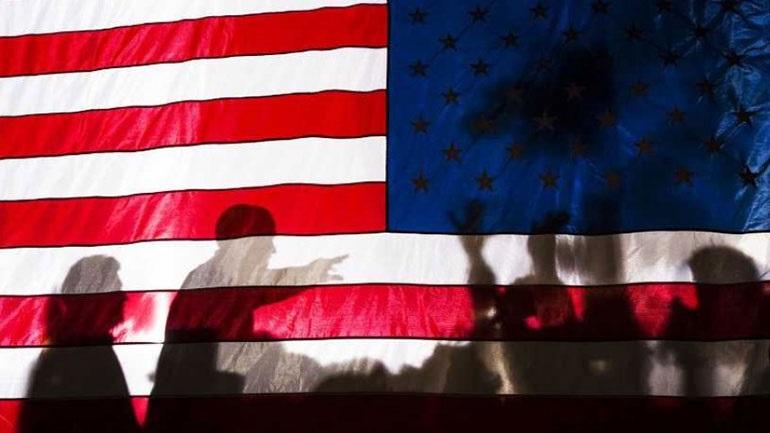 ΗΠΑ: Περίπου 30 εκατομμύρια Αμερικανοί έχουν ζητήσει επίδομα ανεργίας εν μέσω της πανδημίας