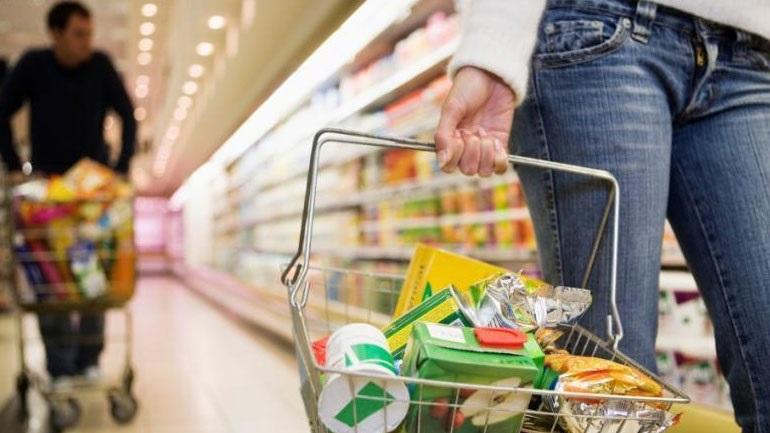 Στην πλέον δεινή θέση οι Ελληνες καταναλωτές, σύμφωνα με πανευρωπαϊκή έρευνα