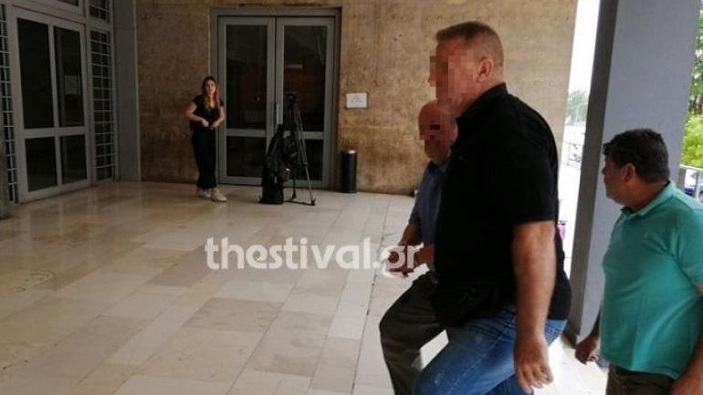 Θεσσαλονίκη: Προφυλακιστέος o 76χρονος που κατηγορείται ότι ασέλγησε στις ανήλικες εγγονές του
