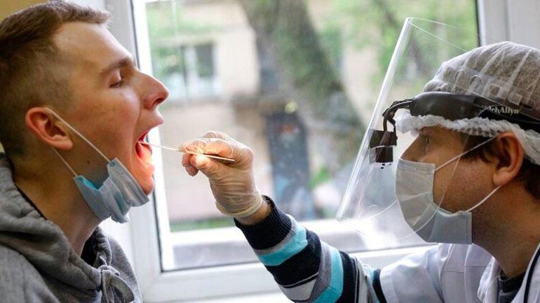 Ρωσία: 9.434 νέα κρούσματα κορωνοϊού το τελευταίο 24ωρο