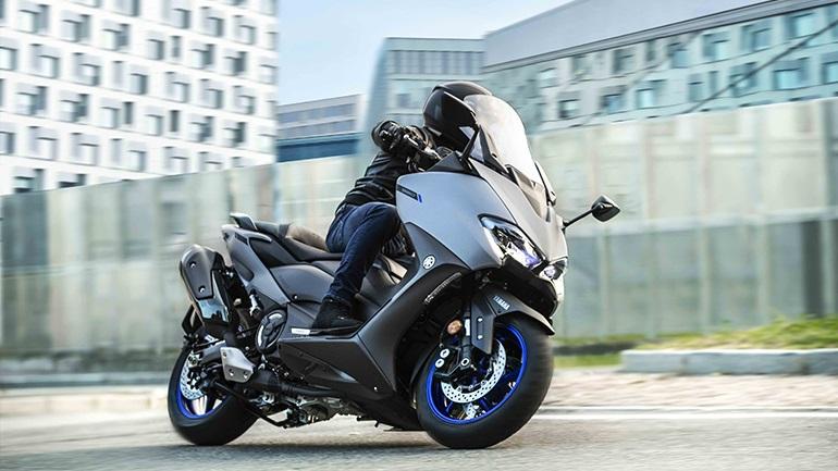 Yamaha TMAX 560: Πρώτες εντυπώσεις