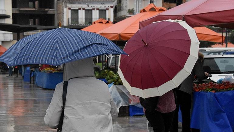 Ισχυρές βροχές και καταιγίδες από το μεσημέρι