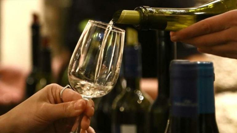 Μείωση κατά 20-25% των πωλήσεων στα ιταλικά κρασιά, λόγω κορωνοϊού