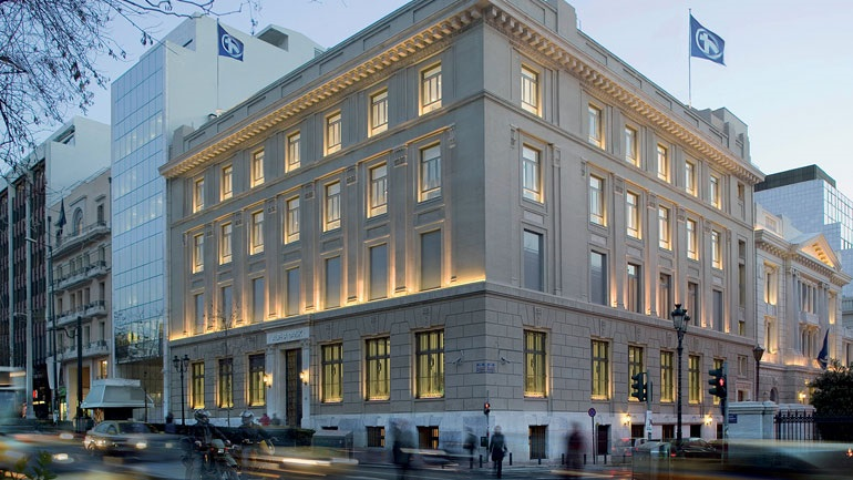 Alpha Bank: Ζημιές 10,9 εκατ. ευρώ στο α' τρίμηνο λόγω αυξημένων προβλέψεων