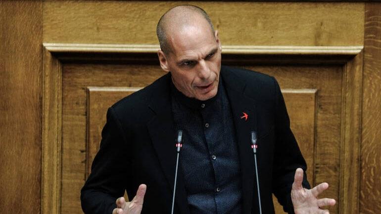 Βαρουφάκης: Η ύφεση θα φτάσει στο 15%, αν είμαστε τυχεροί