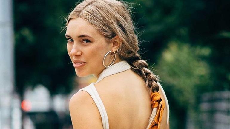 Το χτένισμα από τα '90s είναι μία από τις κορυφαίες καλοκαιρινές τάσεις φέτος στα μαλλιά!