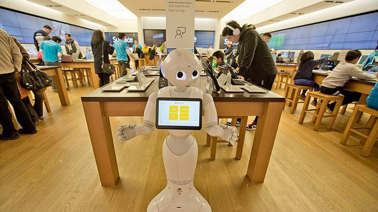 Η Microsoft θα αντικαταστήσει τους δημοσιογράφους με ρομπότ