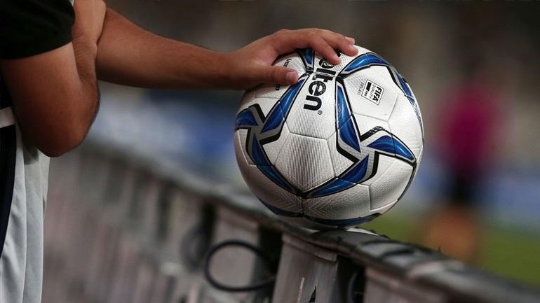 Super League: «Πενθήμερη καραντίνα σε θετικούς ασυμπτωματικούς»