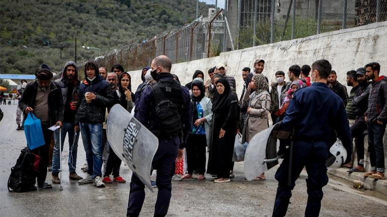 Διαψεύδει η ΔΙΣ την παραχώρηση χώρου από την εκκλησία για τους μετανάστες