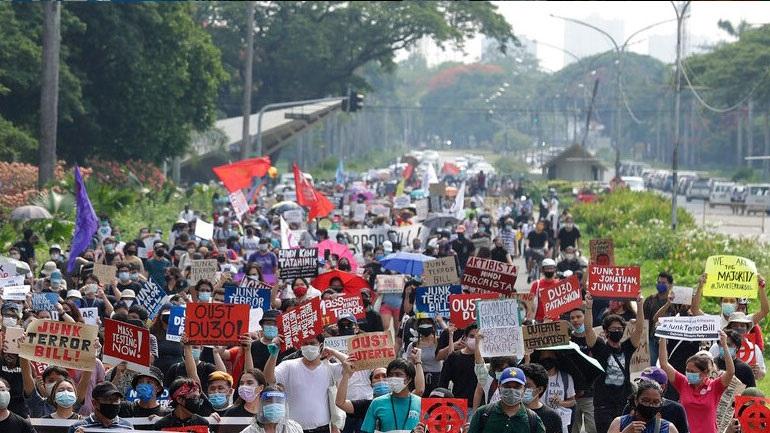 Φιλιππίνες: Το ποσοστό της ανεργίας έφθασε το 17,7% τον Απρίλιο
