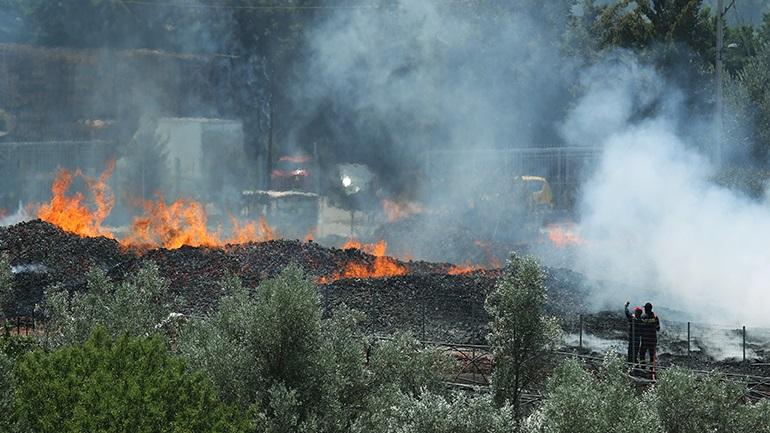Χίος: Μεγάλη φωτιά στα Ψαρά καίει χορτολιβαδική έκταση