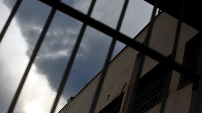 Διακίνηση κινητών στις φυλακές Χαλκίδας ομολόγησε σωφρονιστικός υπάλληλος