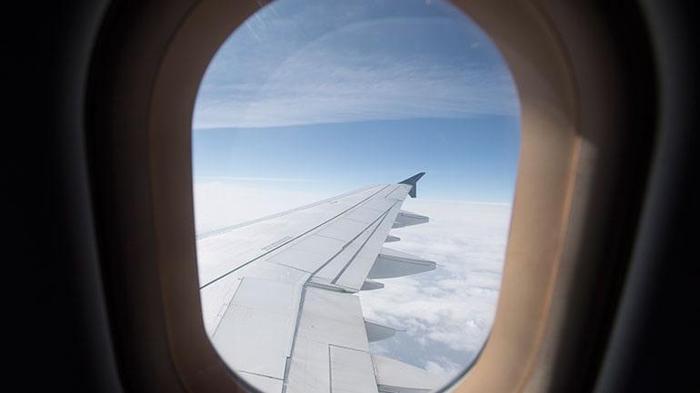 Αλβανία: Ανοίγει από 15/6 η αεροπορική σύνδεση με Ελλάδα