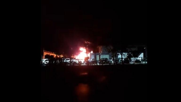 Πυρκαγιά σε επιχείρηση οικοδομικών και μονωτικών υλικών στο Ηράκλειο