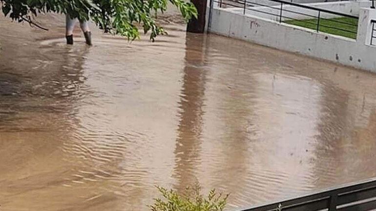 Σέρρες: Υπερχείλισε το ποτάμι στην κοιλάδα των Αγ. Αναργύρων