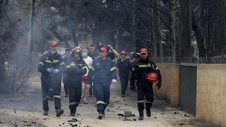 Πυρκαγιά στο Μάτι: Ο ανακριτής προτείνει διώξεις σε βαθμό κακουργήματος για πυροσβέστες