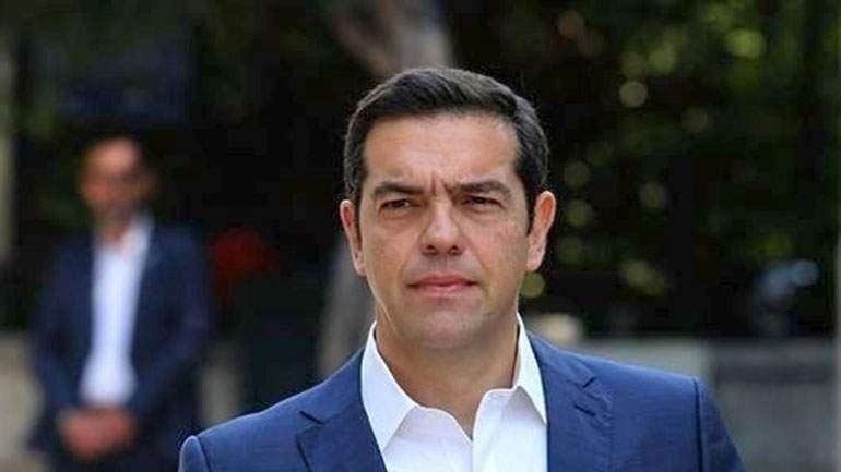 Τσίπρας: Ο κ. Μητσοτάκης πουλάει ηλιοβασιλέματα, την ώρα που ο τουρισμός μπαίνει σε πολύ βαθύ σκοτάδι
