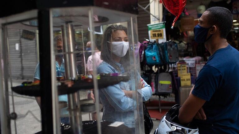 Βραζιλία: Καλύτερο συντονισμό στην αντιμετώπιση της πανδημίας ζητεί ο ΠΟΫ
